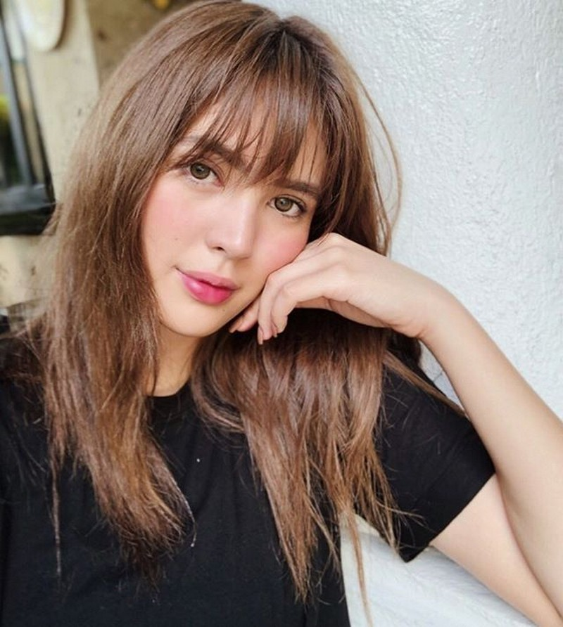 Missing Sofia Andres? Her 30 photos will show you she still got it!
